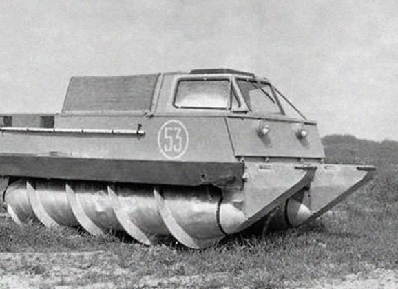 ZIL-2906 kosmonautų evakuacijos automobilis